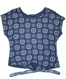 AMANDA's PLACE Front Tie Printed Top (Size Small)