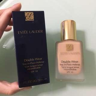 Estee Lauder Double Wear Foundation in 3W0 Warm Creme