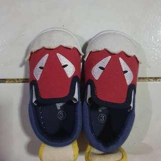 Tough Kids Shoes Size 3