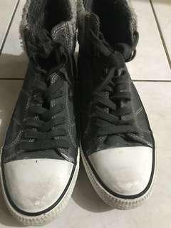 Splendid shoes
