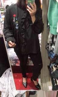 🚚 女主管風🖤黑魔女喇叭袖 上衣 棉花糖女孩可穿