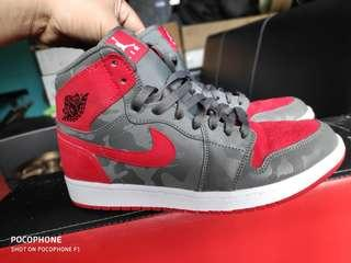 Legit 💯% Nike Air Jordan 1  AJ1 Camo 3M