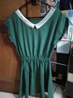 Collar dress hijau