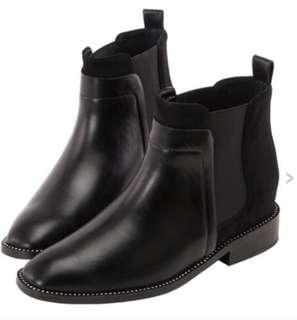 🚚 近全新Grace gift聯名內增高短靴