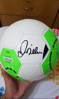 Adidas soccer ball with david beckham signature