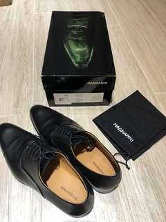 Magnanni Black Leather Shoes UK9.5