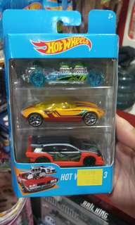 Hotwheels 3&5 pack