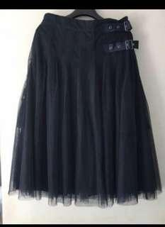 Initial navy blue mesh pants 裙褲 size 2