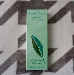 Two pieces left!!! Elizabeth Arden Green Tea Scent Spray
