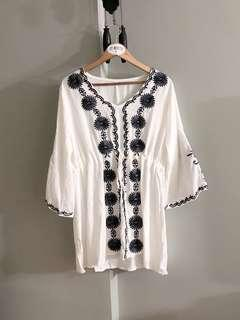 Vintage thrift floral embroidery dress (White)
