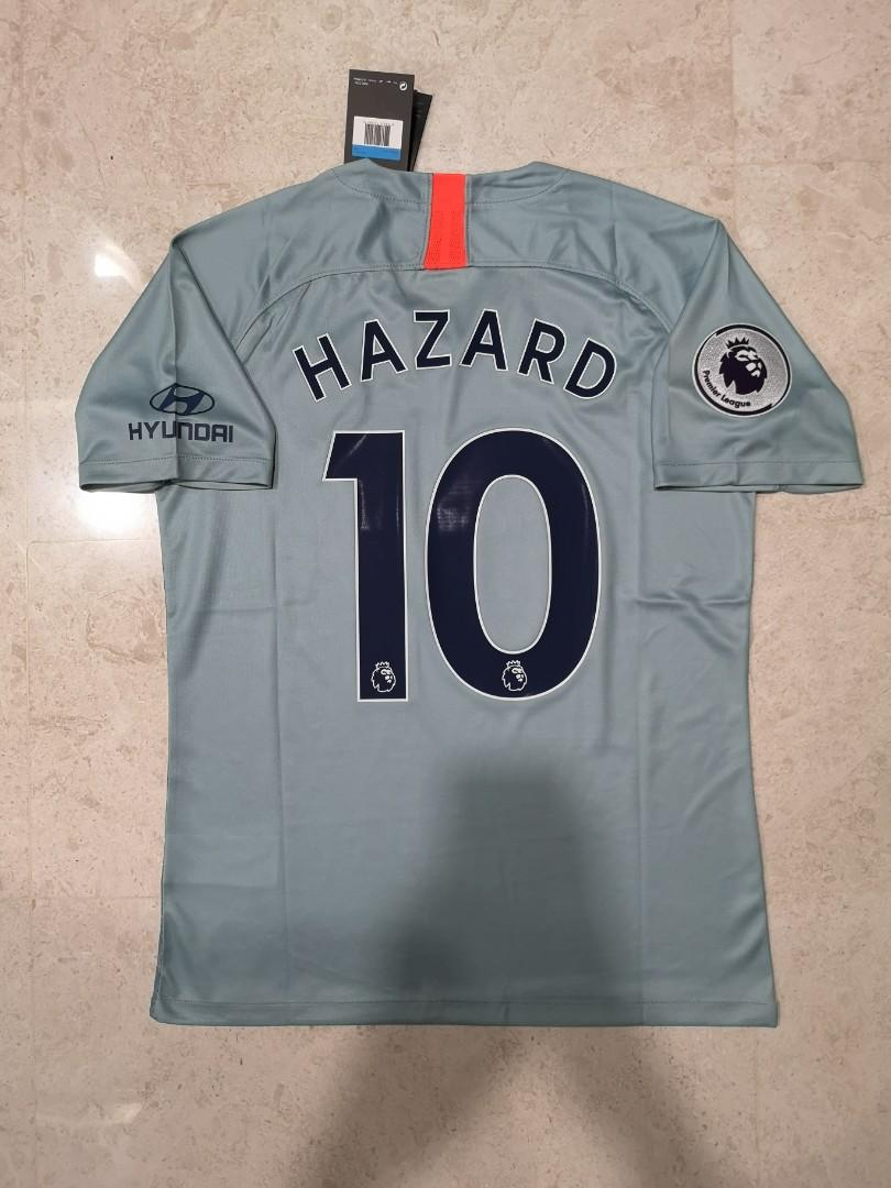 first rate d4ed5 24dba Chelsea Third Kit (Instock), Sports, Sports Apparel on Carousell