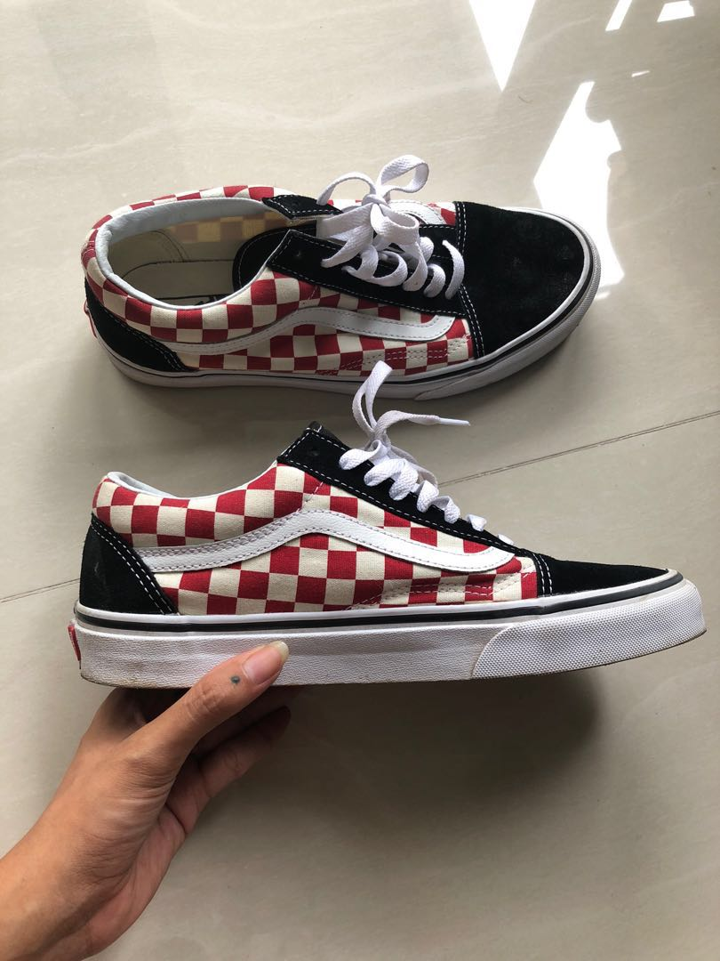 6305b7ab79 Good condition Vans Old Skool red checkered sneaker size EUR 41 ...