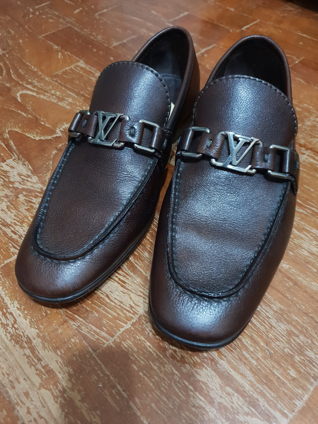 113476e9a87 Louis Vuitton Dark Brown Loafers