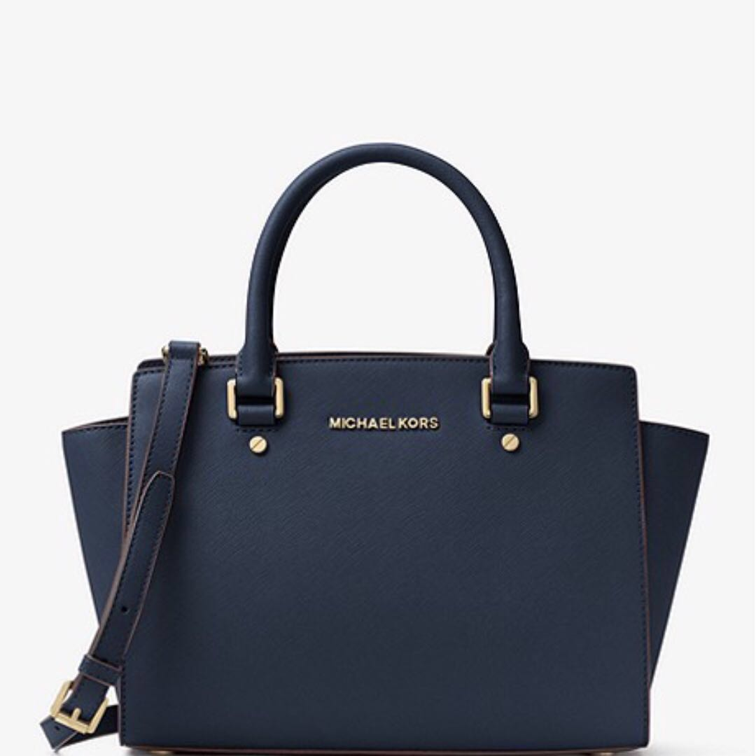 ca4ddc8309dfce Michael Kors Selma Saffiano Leather Medium Satchel (Navy/Admiral), Women's  Fashion, Bags & Wallets on Carousell