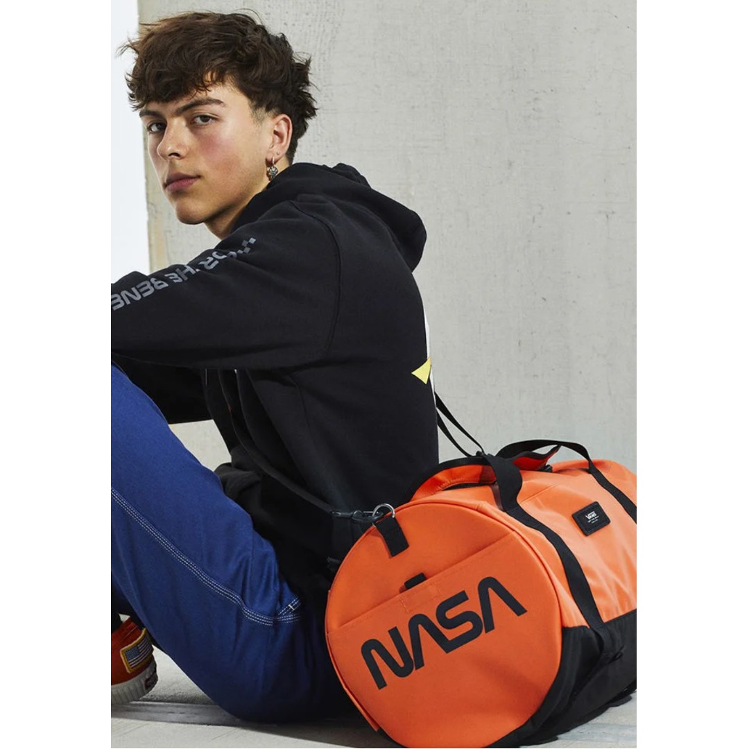 207343d2059 Vans x NASA Grind Skate Duffel Bag, Men's Fashion, Bags & Wallets, Others  on Carousell