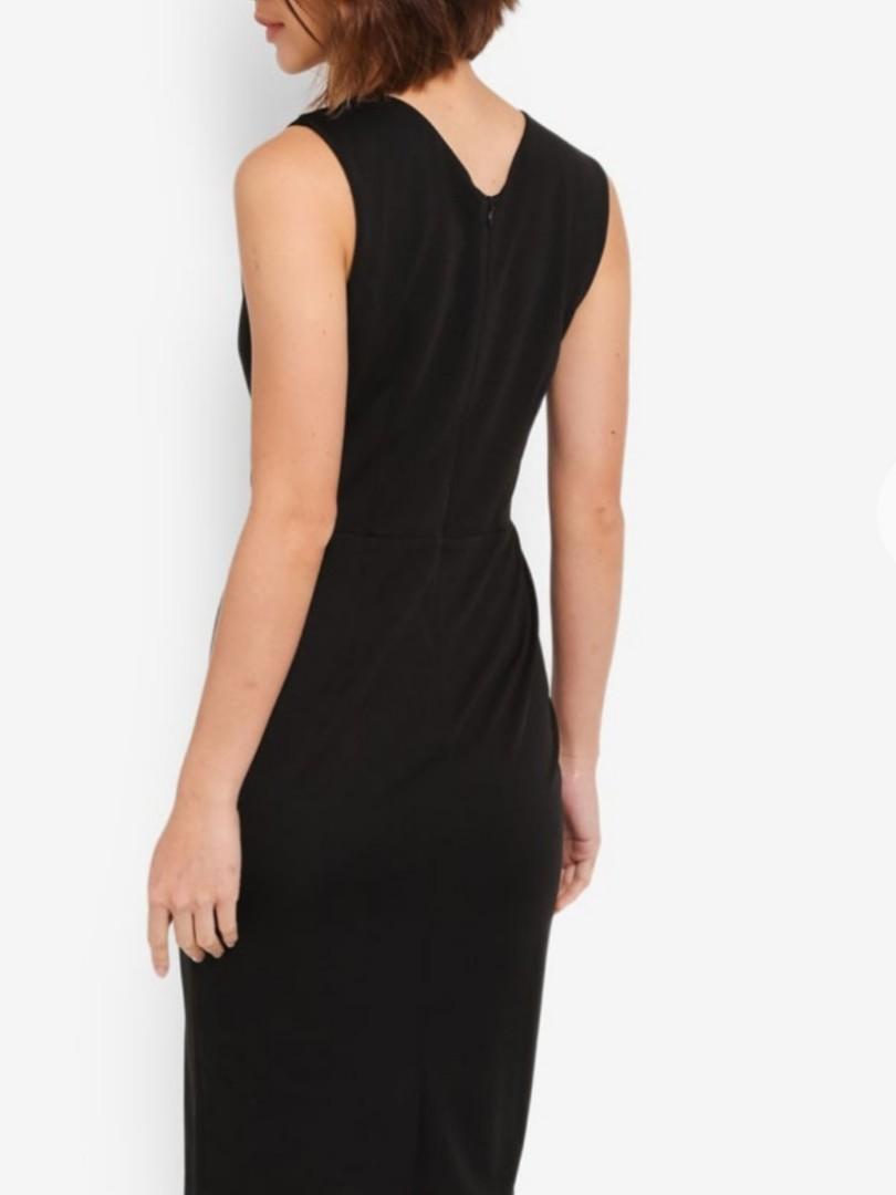 BNWT Zalora basics size S black sweetheart neckline dress