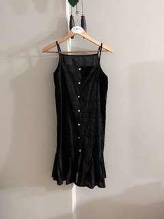 Vintage thrift ruffle crotchet dress (Black)