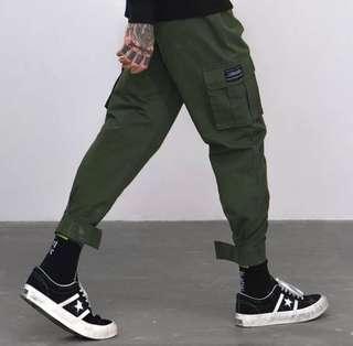 🇺🇸歐美Streetwear新款簡約多口袋束腳工裝褲 (3色選擇)