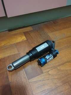 For sale: Fox Dhx 5.0 air rear shox