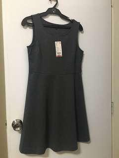 Uniqlo sleeveless dress
