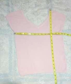 二手女装上衣  粉紅色  彈性  新淨   上圍29吋   長20吋   8元 藍田地鐵站交收