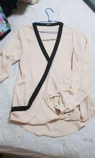 Oasis雪紡上衣