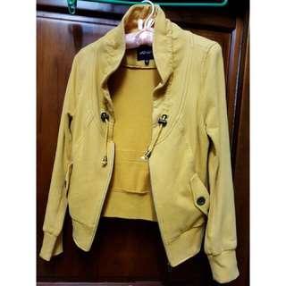 🚚 薑黃色外套
