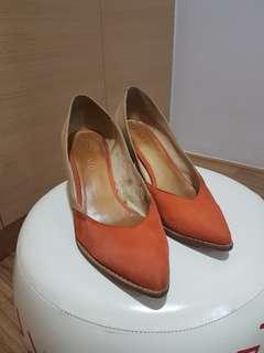 Staccato Low Heeled Shoes