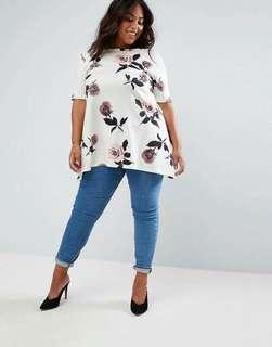 Online Sale: P320 only !!!  💋3D Floral Plus Size Top 💫Blend cotton cloth  💫Back cutout neckline  💫Full 3D floral print  💫Free size fits up to XXL 💫Single color  💫Good quality
