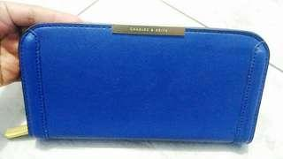 Dompet Charles and Keith Goodcon