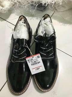 Sepatu Docmart Cewe Pull&Bear Original