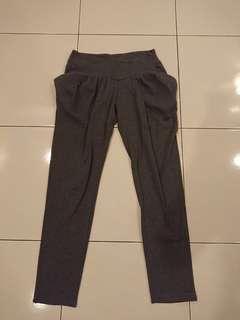 Flash Deal! Grey Lantern Long Pants Size S