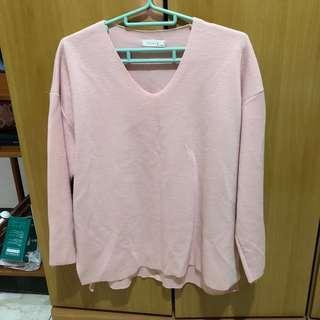 正韓 針織 V領 上衣 不收邊 剪裁設計 長袖上衣 粉紅