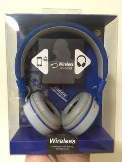 High Performance Wireless Headphone with built in mic
