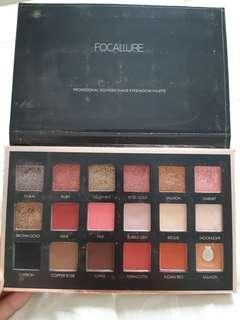 Focallure We Care Your Favors Eyeshadow Palette