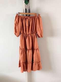 Vintage thrift ruffle midi off shoulder dress (Brown)