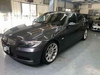 售2005年 BMW E90 330i 鐵灰色黑內裝 3000cc 雙安全氣囊 天窗 M318吋鋁圈 皮椅 改避震