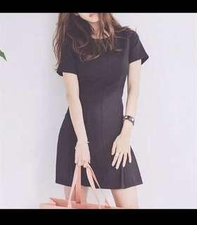 ⚡️SALE⚡️BLACK SLIM CUT DRESS