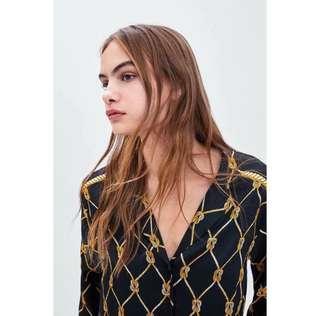 Zara chain vintage top