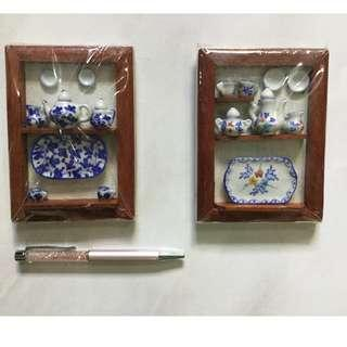 Mini porcelain display sets