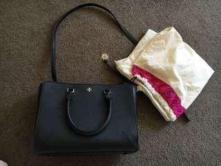 Tory burch robinson small zip bag
