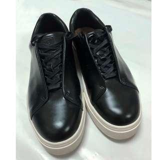 🚚 瑞典潮牌EYTYS Doja Leather休閒鞋
