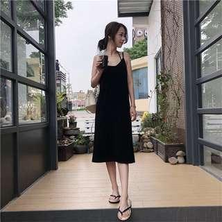 Size 4-8 black maxi dress