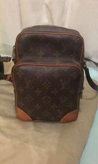 LV shoulder bag small vintage