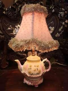 Cutest teapot lamp vintage retro piece with brass bulb holder