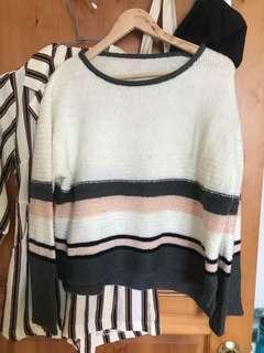 🚚 寬袖條紋毛衣