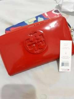 Tory Burch Patent Zip Wallet