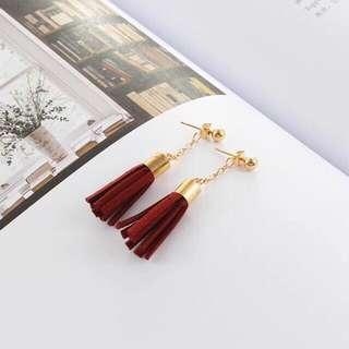 [NEW] Korean Maroon Tassel Drop Earring