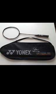 "Lee Chong Wei 李宗伟 Limited Edition Yonex Duora 10 with his Autograph and ""LCW xxx"" serial number printed on the handle"