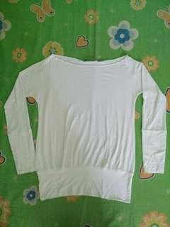 White Stretchable Lpng-sleeved Top